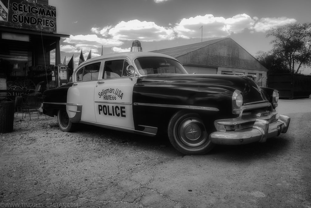 Tinguely, tinguely gaetan photographie, photographie geneve, photographie suisse, usa, seligman, police cars